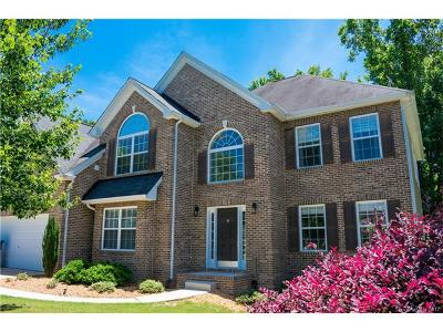 Villages Of Denver Single Family Home For Sale: 7834 Berkeley Road