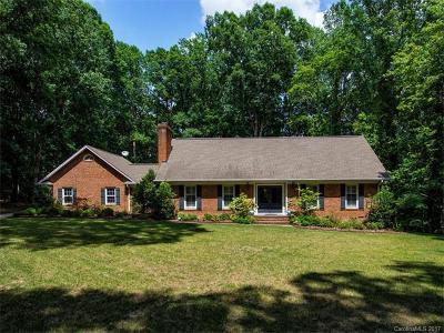 Canterbury Place, Hembstead, Providence Plantation Single Family Home For Sale: 5928 Lancelot Drive