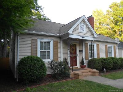 Chantilly Single Family Home Under Contract-Show: 2621 Shenandoah Avenue #16