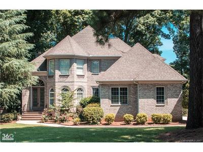 Regent Park Single Family Home For Sale: 271 Heritage Boulevard #6