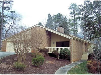 Lake Wylie Single Family Home For Sale: 18 Pine Knoll Drive