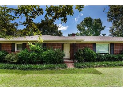 Matthews Single Family Home For Sale: 4516 Matthews Mint Hill Road