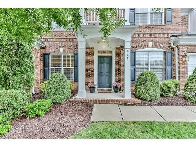Charlotte Condo/Townhouse For Sale: 8127 Oratorio Place