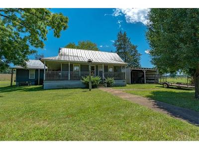 Lincolnton Single Family Home For Sale: 3235 Blackburn Bridge Road