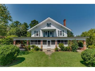 Hendersonville Single Family Home For Sale: 275 Courtland Boulevard