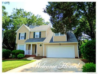 Charlotte Single Family Home Under Contract-Show: 9911 Furlong Trail