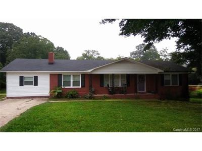 Single Family Home Under Contract-Show: 1651 Drywood Circle