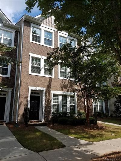 Mint Hill Condo/Townhouse Under Contract-Show: 6717 Old Magnolia Lane