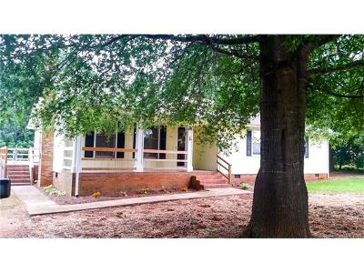 Indian Trail Single Family Home Under Contract-Show
