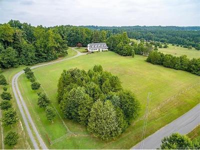 Winston Salem Single Family Home For Sale: 4360 Hanover Road