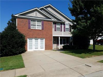 Charlotte Single Family Home For Sale: 3721 Wondering Oak Lane