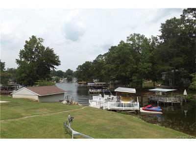 New London Single Family Home For Sale: 589 Lake Forest Drive #27
