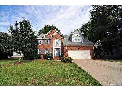Waxhaw Single Family Home For Sale: 8810 Peppergrass Lane