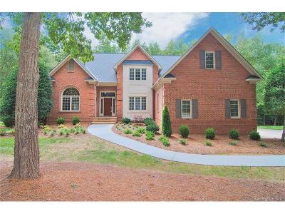 Canterbury Place, Hembstead, Providence Plantation Single Family Home For Sale: 2225 Blue Bell Lane