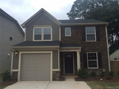 Charlotte Single Family Home For Sale: 1829 Evergreen Drive #278