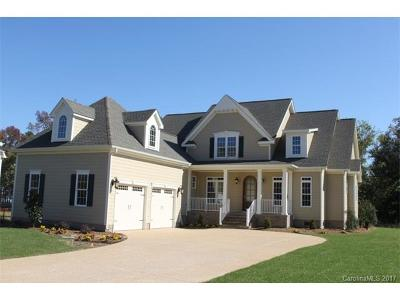 Mooresville Single Family Home For Sale: 151 E Callicutt Trail