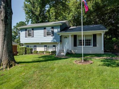 Starmount, Starmount Forest Single Family Home For Sale: 7122 Thorncliff Drive