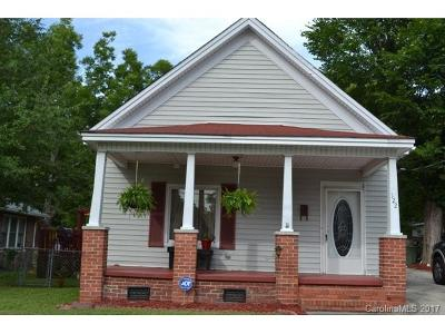 Chester Single Family Home For Sale: 122 College Street