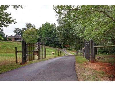 Mooresville Single Family Home For Sale: 130 Brookstone Lane