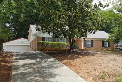 Single Family Home Under Contract-Show: 900 McLaughlin Drive