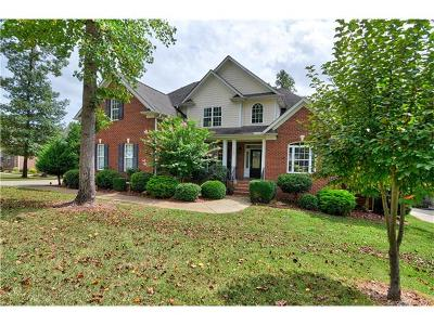 Mooresville Single Family Home For Sale: 154 Northington Woods Drive