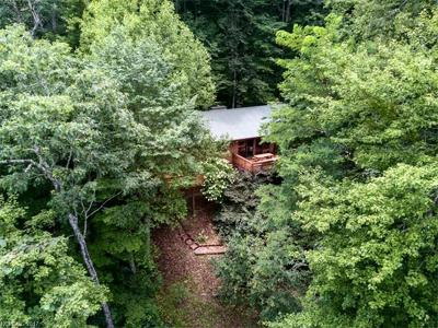 Bryson City Single Family Home For Sale: 1670 Battle Branch Road