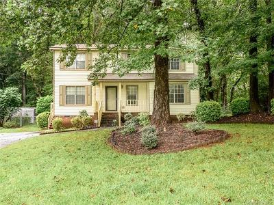 Rock Hill Single Family Home For Sale: 4862 Hickory Nut Court