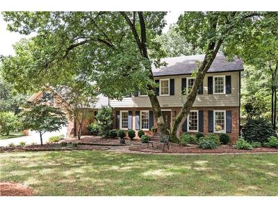 Charlotte Single Family Home For Sale: 10220 Woodview Circle