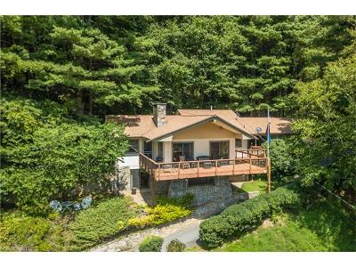 Maggie Valley Single Family Home For Sale: 975 Country Club Drive