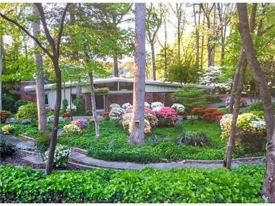 Westport Single Family Home For Sale: 3406 Lake Shore Road S