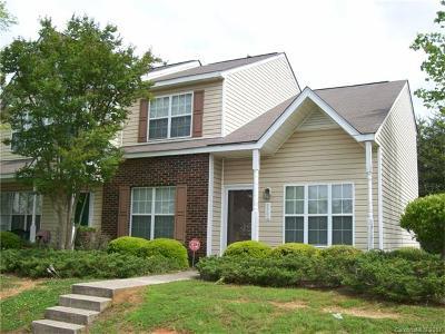 Charlotte Condo/Townhouse For Sale: 7700 Petrea Lane #507