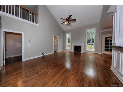 Waxhaw Single Family Home For Sale: 8106 Morehouse Drive
