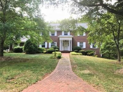 Lexington Single Family Home For Sale: 104 Linden Lane