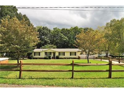 Single Family Home For Sale: 5214 Wickford Lane