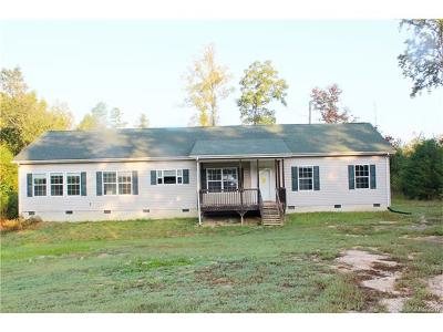 Shelby NC Single Family Home For Sale: $100,700