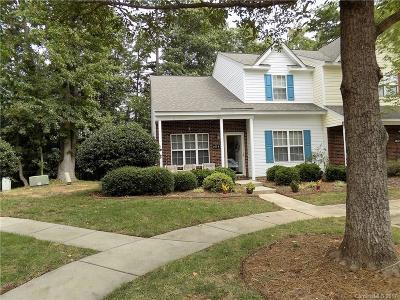 Charlotte Condo/Townhouse For Sale: 10747 Holly Ridge Boulevard