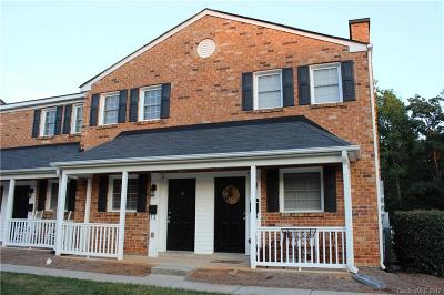 Charlotte Condo/Townhouse For Sale: 1344 Green Oaks Lane #O