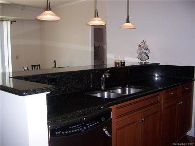 Charlotte Condo/Townhouse For Sale: 300 W 5th Street #Unit 634