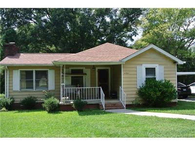 Charlotte Single Family Home For Sale: 5701 Old Plank Road