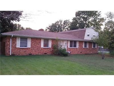 Charlotte NC Single Family Home For Sale: $171,000
