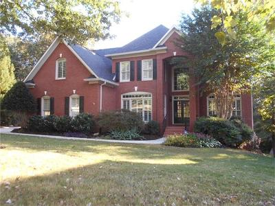 Charlotte Single Family Home For Sale: 12207 Southmoor Oaks Court