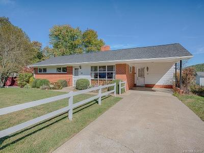 Waynesville Single Family Home For Sale: 140 Grandview Circle