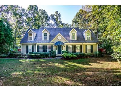 Charlotte Single Family Home For Sale: 10321 Windtree Lane