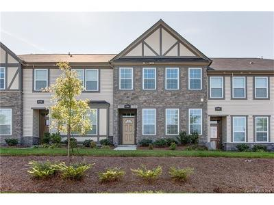 Charlotte Condo/Townhouse For Sale: 6708 Berewick Commons Parkway