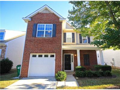 Southampton, Southampton Commons Single Family Home Under Contract-Show: 9036 Holland Park Lane