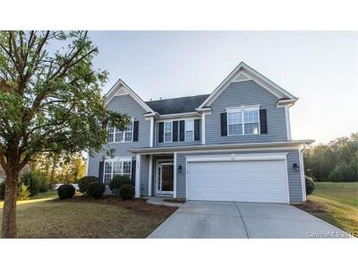 Charlotte Single Family Home For Sale: 6002 Lillyshire Place