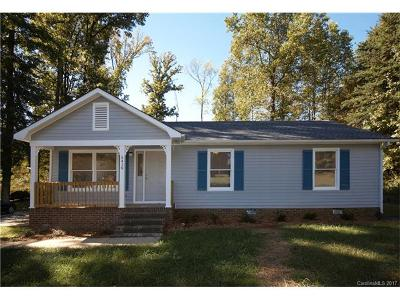 Charlotte NC Single Family Home For Sale: $155,000