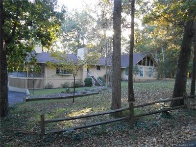 Charlotte, Cornelius, Davidson, Huntersville, Matthews, Pineville Single Family Home For Sale: 6501 Rosemary Lane