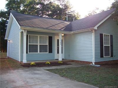 Charlotte NC Single Family Home For Sale: $150,000
