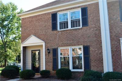 Charlotte Condo/Townhouse For Sale: 6681 Bunker Hill Circle